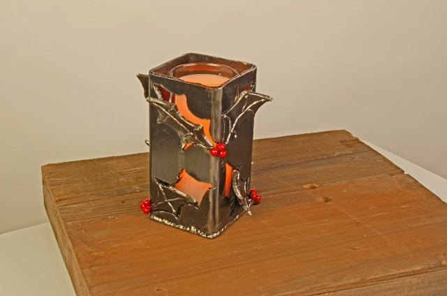 metal candle hugger with holly
