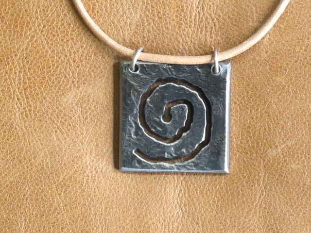 spiral metal necklace