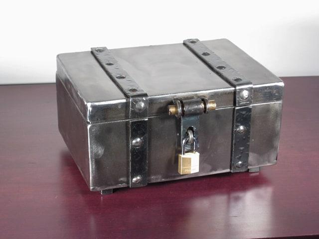metal keepsake box with lock
