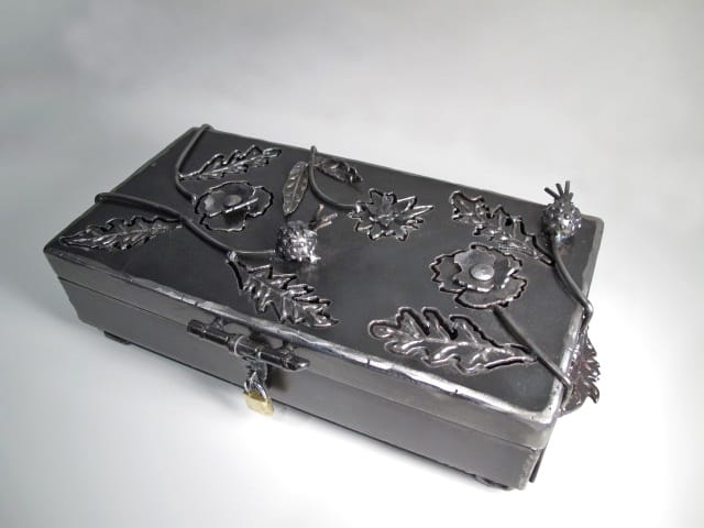 metal keepsake box with flower detail