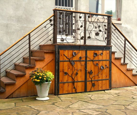 steel railing with leaf design